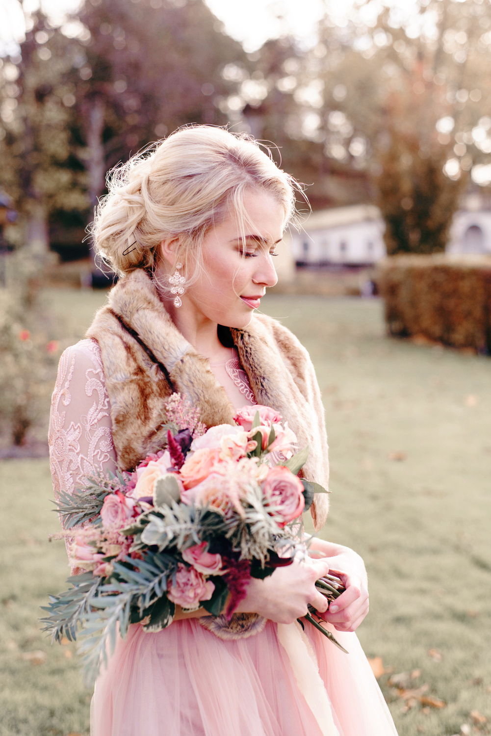 Wedding Inspiration in Gold and Blush
