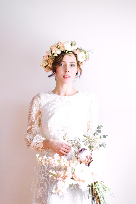 Handmade Flower Crown Portrait Photography Bröllopsfotograf Stockholm Umeå. Wedding photographer