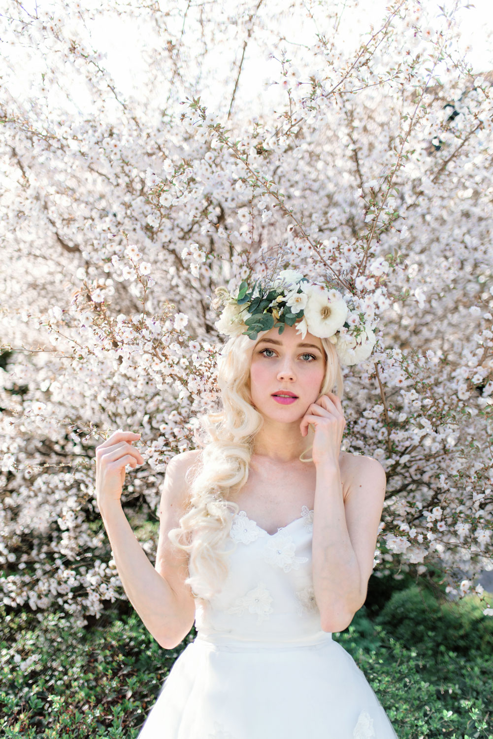 Get Inspired By The Most Beautiful Floral Crowns